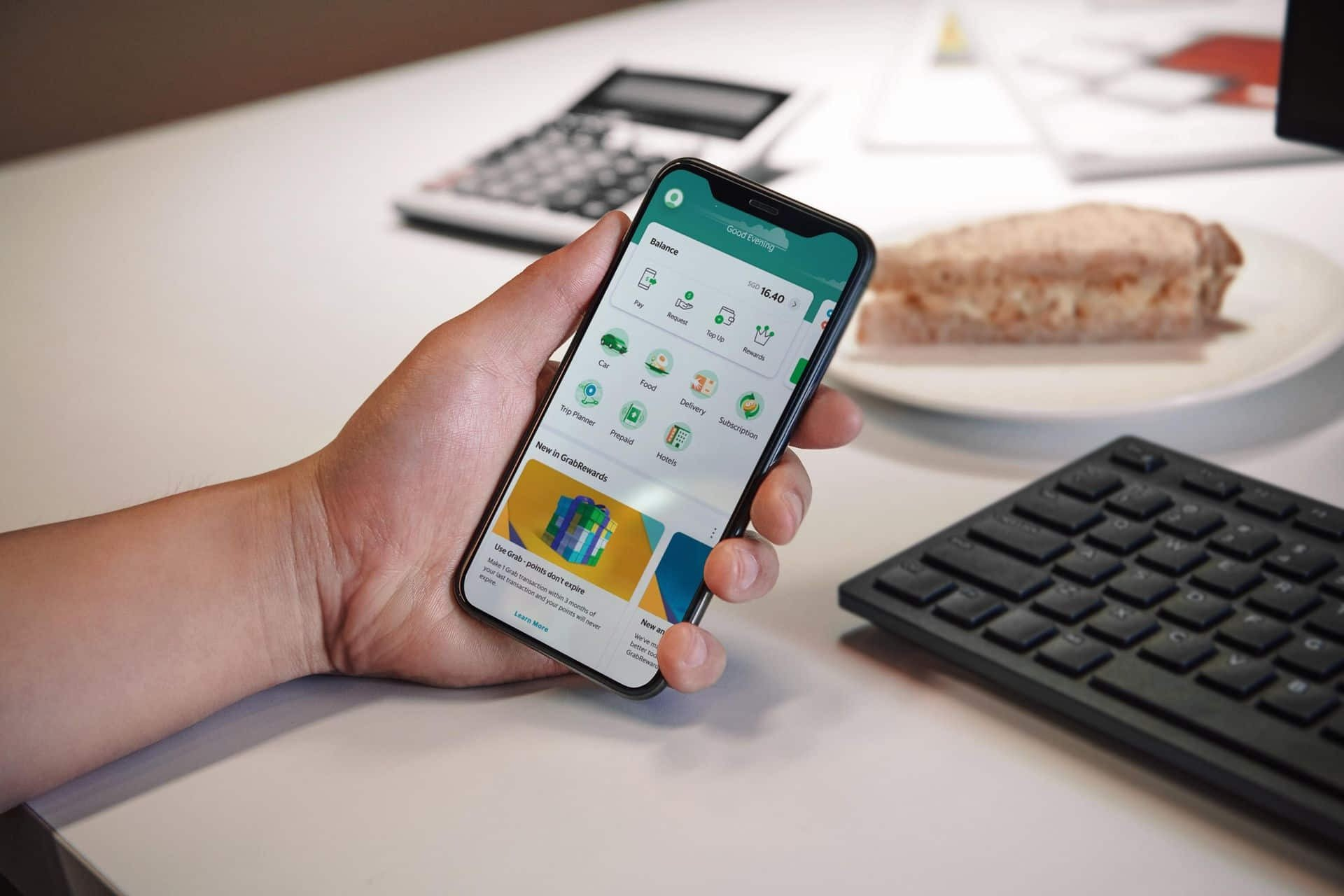 With AutoInvest, Grab customers can invest at least S$1 each time they spend on the Grab platform