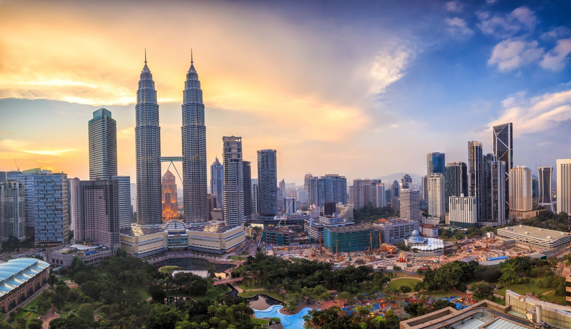 The declaration of emergency, the first since racial riots in 1969, was issued on January 12 by King Al-Sultan Abdullah, who acted on the advice of Prime Minister Muhyiddin Yassin. On the same day, the Malaysian health ministry reported 3,309 new coronavi