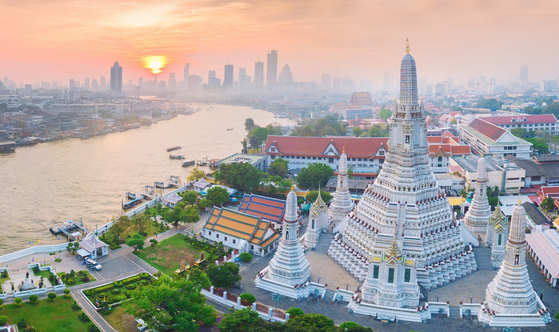 AIA IM Thailand was set up in August 2020 with 847 billion baht of assets transferred from AIA Thailand, housed in five domestic funds and four foreign funds