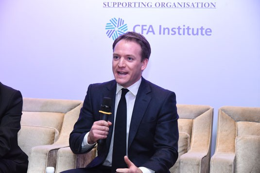Gareth Davies, Columbia Threadneedle Investments