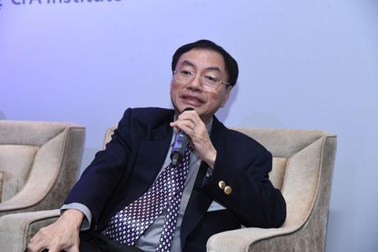 Dr Lawrence Loh, NUS Business School, National University of Singapore