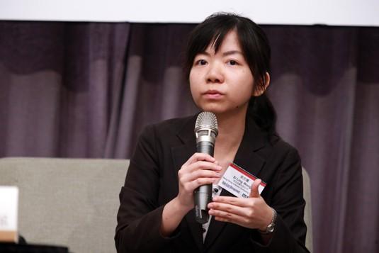 Si Ling Wong, Hang Seng Indexes Company Limited