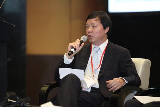 Lawrence Au, BNP Paribas Securities Services